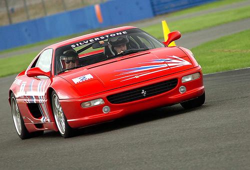 フリー画像| 自動車| レーシングカー| フェラーリ/Ferrari| フェラーリ F355| Ferrari F355| イタリア車|