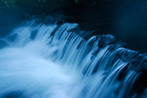 フリー画像| 自然風景| 河川の風景| 青色/ブルー|