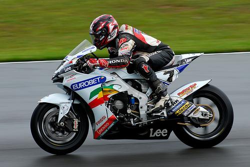 フリー画像| バイク/オートバイ| MotoGP| Donington Park GP| カルロス・チェカ/Carlos Checa|
