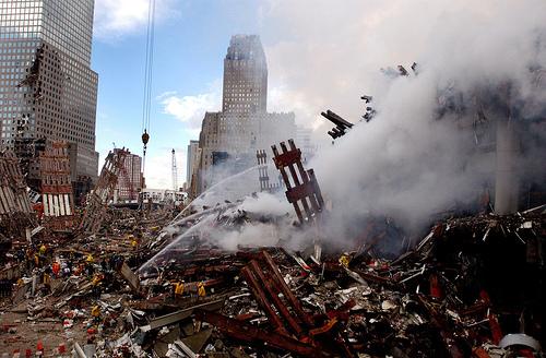 フリー画像| ニュース系| 9.11 アメリカ同時多発テロ| 破壊| ワールドトレードセンター| アメリカ風景|