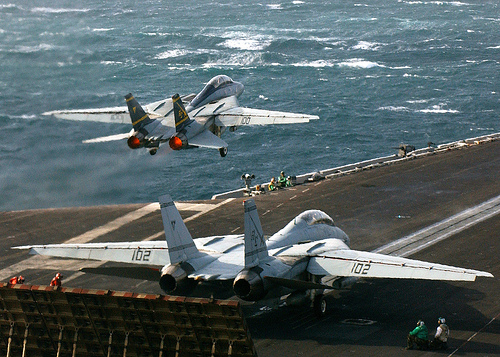 フリー画像| 航空機/飛行機| 軍用機| 戦闘機| F-14 トムキャット| F-14B Tomcat|