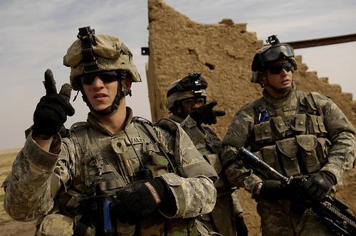 フリー画像| 戦争写真| 兵士/ソルジャー| アメリカ軍兵士| 人物写真| イラク風景|