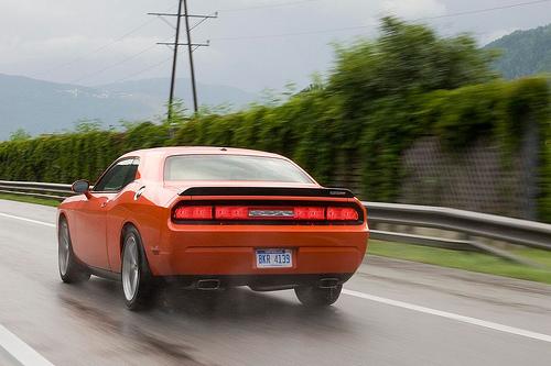 フリー画像| 自動車| スポーツカー| クライスラー/Chrysler| ダッジ チャレンジャー| Dodge Challenger| アメ車|