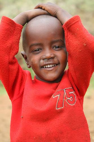 フリー画像| 人物写真| 子供ポートレイト| 少年/男の子| 外国の子供| アフリカの子供| マサイ族| ケニア人|