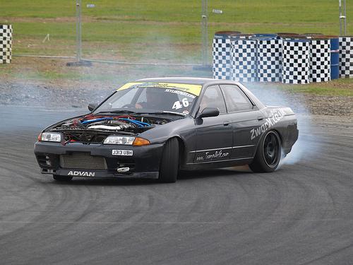 フリー画像| 自動車| スポーツカー| 日産/Nissan| 日産 スカイライン| Nissan Skyline GT-R R32| 日本車| ドリフト|