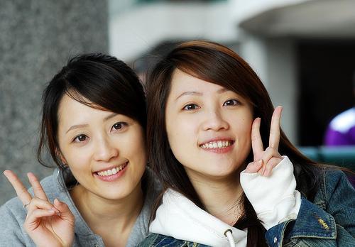 フリー画像| 人物写真| 女性ポートレイト| アジア女性| 兄弟/姉妹| 双子|