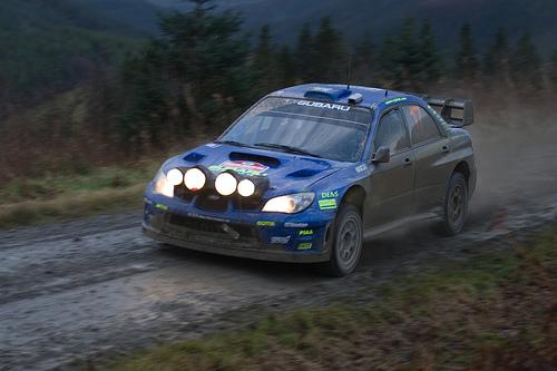 フリー画像| 自動車| ラリーカー| スバル/Subaru| スバル インプレッサ| Subaru Impreza WRC| WRC/世界ラリー選手権| 日本車| クリス・アトキンソン/Chris Atkinson|   フリー素材|