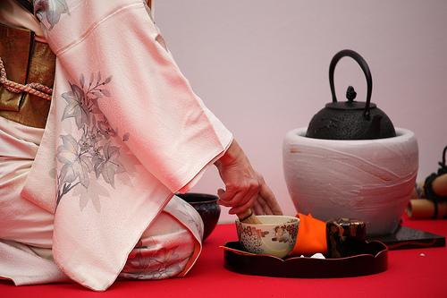 フリー画像| 人物写真| 一般ポートレイト| 茶道| 着物| 日本風景|      フリー素材|
