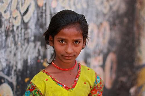 フリー画像| 人物写真| 子供ポートレイト| 外国の子供| 少女/女の子| インド人|      フリー素材|
