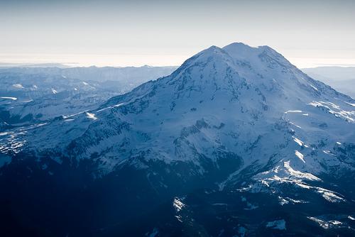 フリー画像  自然風景  山の風景  レーニア山  アメリカ風景        フリー素材 