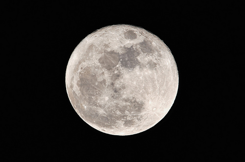 フリー画像| 自然風景| 空の風景| 月の風景| 夜空の風景| 夜景| 満月|     フリー素材|