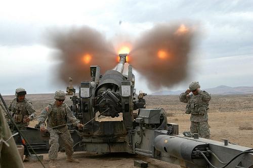 フリー画像| 戦争写真| 兵士/ソルジャー| 榴弾砲| M198 155mm榴弾砲|       フリー素材|