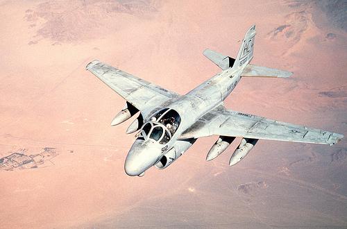 フリー画像  航空機/飛行機  軍用機  攻撃機  A-6 イントルーダー  A-6E Intruder       フリー素材 
