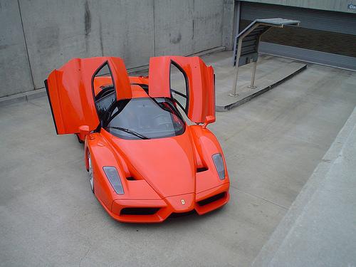 フリー画像| 自動車| スポーツカー| スーパーカー| フェラーリ/Ferrari| エンツォ・フェラーリ| Enzo Ferrari| イタリア車|    フリー素材|