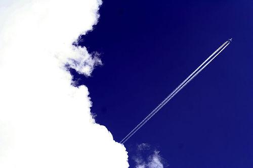フリー画像|人工風景|空の風景|雲の風景|飛行機雲|フリー素材|