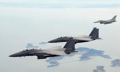 フリー画像| 航空機/飛行機| 軍用機| 戦闘機| F-15 イーグル| F-15K Eagle|      フリー素材|