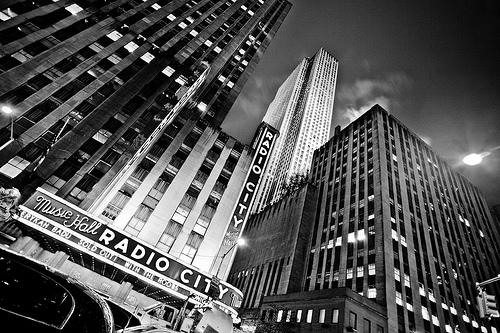 フリー画像| 人工風景| 建造物/建築物| ビルディング| モノクロ写真| アメリカ風景| ニューヨーク|     フリー素材|