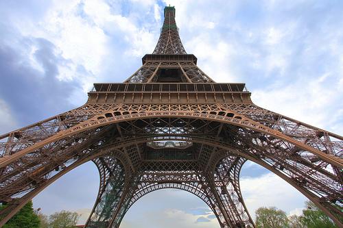 フリー画像| 人工風景| 建造物/建築物| 塔/タワー| エッフェル塔| フランス風景| パリ|     フリー素材|