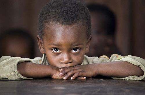 フリー画像| 人物写真| 子供ポートレイト| 外国の子供| アフリカの子供| 少年/男の子| エチオピア人|     フリー素材|
