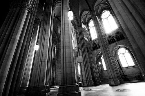 フリー画像| 人工風景| 建造物/建築物| インテリア| 教会/聖堂| モノクロ写真| アメリカ風景| ニューヨーク|    フリー素材|