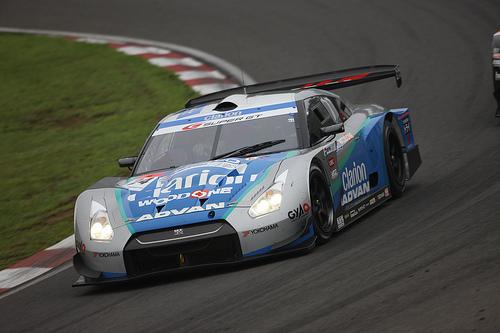 フリー画像| 自動車| レーシングカー| 日産/Nissan| 日産 スカイライン| Nissan GT-R R35| Woodone Advan Clarion GT-R| SUPER GT| 日本車|   フリー素材|