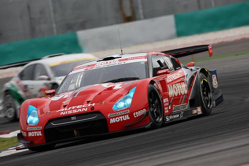 フリー画像| 自動車| レーシングカー| 日産/Nissan| 日産 スカイライン| Nissan GT-R R35| MOTUL AUTECH GT-R| SUPER GT| 日本車|   フリー素材|