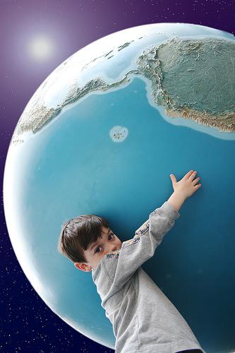 フリー画像| 人物写真| 子供ポートレイト| 外国の子供| 少年/男の子| 地球/アース|      フリー素材|