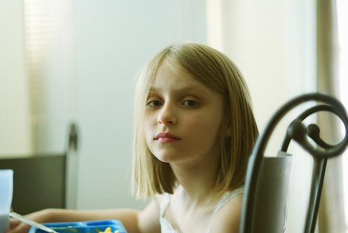 フリー画像| 人物写真| 子供ポートレイト| 外国の子供| 少女/女の子| 金髪/ブロンド|      フリー素材|