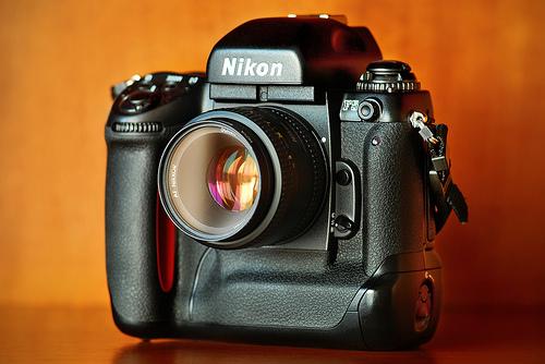 フリー画像  物/モノ  カメラ  Nikon/ニコン  Nikon F5        フリー素材 